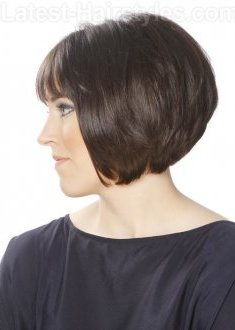 short-bob-hairstyle-stack-layers-1830